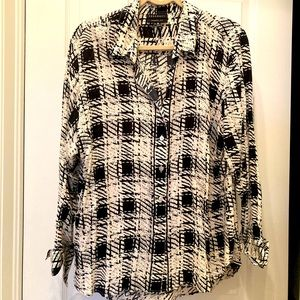 Foxcroft Size 16 Ivory and Black Ladies Blouse